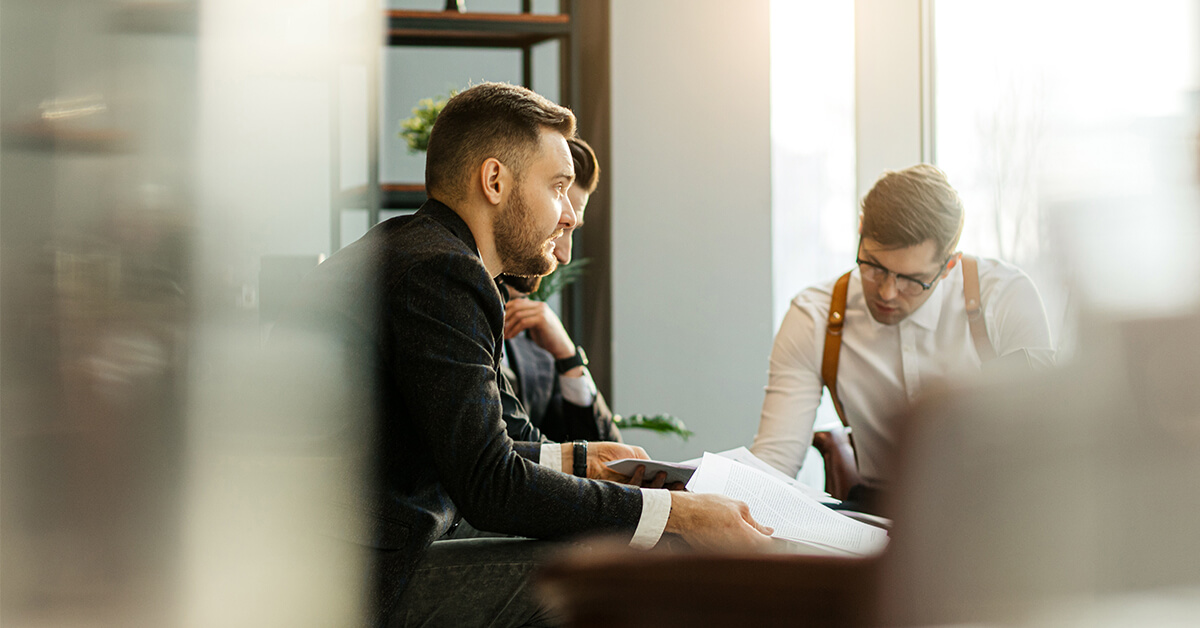 How to Hire Employees and Process Payroll Without Overspending
